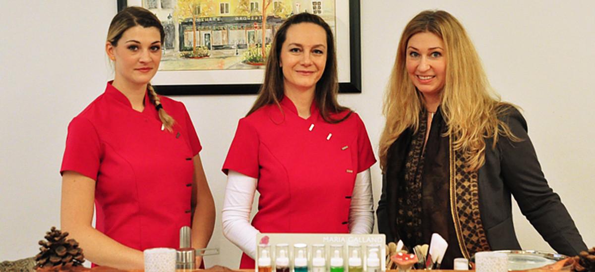 Das Kosmetikteam: Bigitt Krenn-Bösel mit zwei ihrer Mitarbeiterinnen